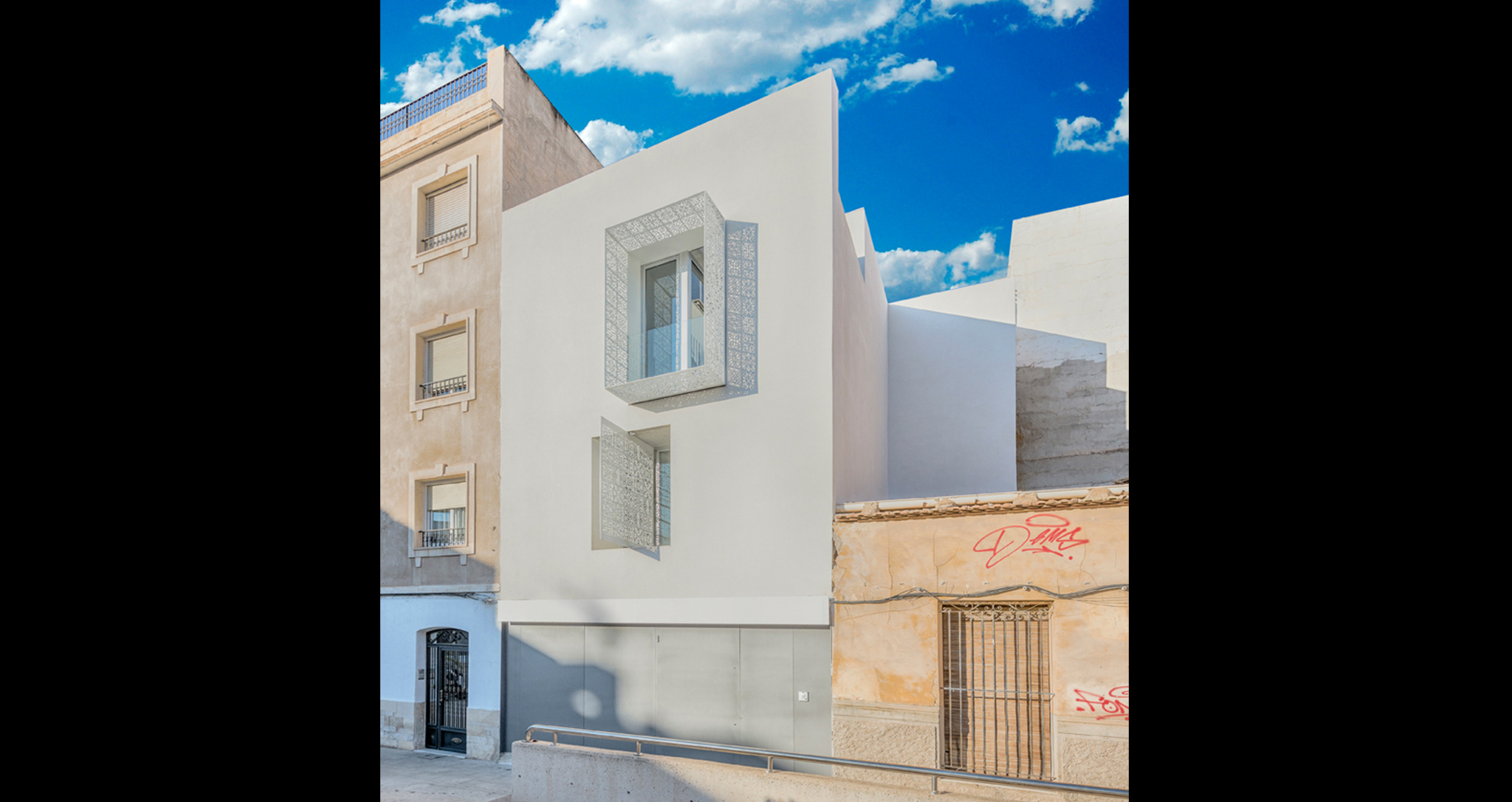 HOUSE CARMEN DESIGN AND CONSTRUCTION OF NEW HOUSE BY ROCAMORA DESIGN AND ARCHITECTURE ELCHE ALICANTE SPAIN