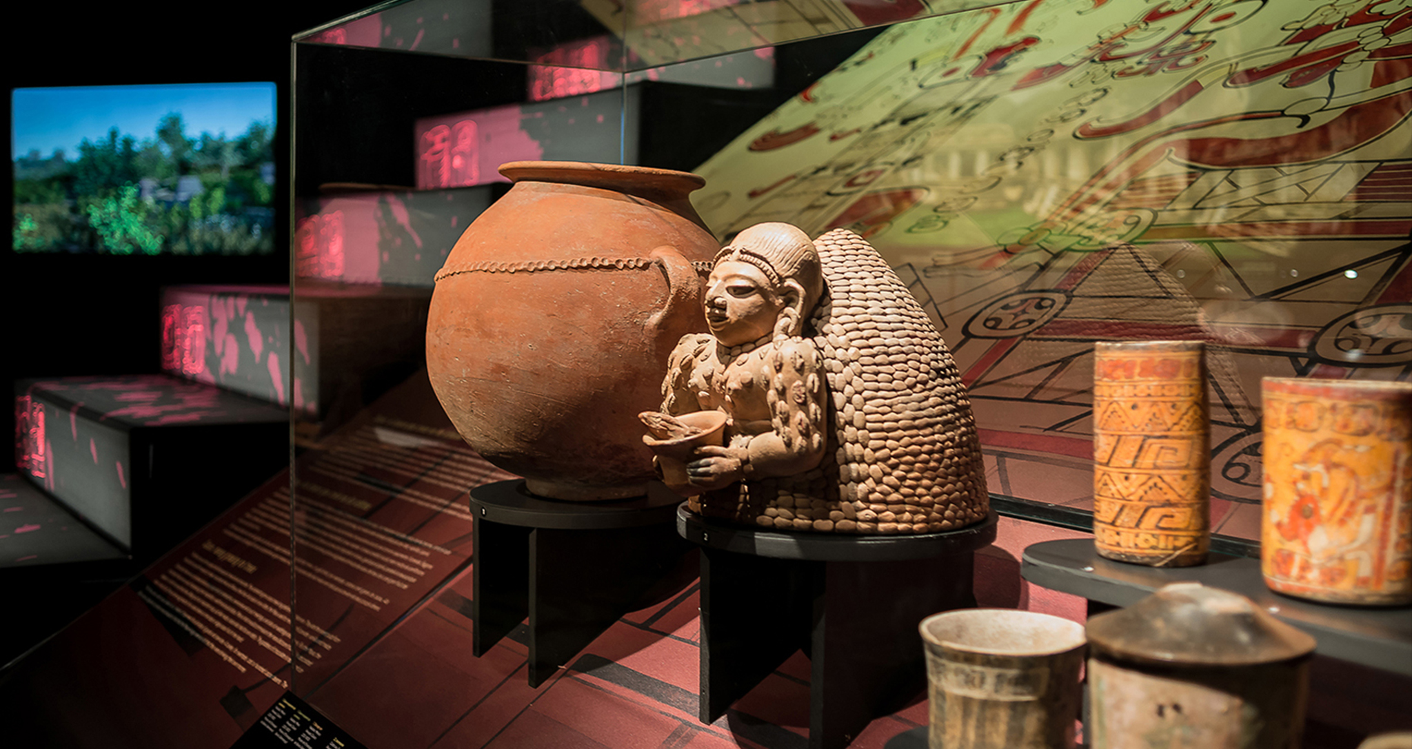 Temporary travelling exhibition of MAYAS, The enigma of the lost cities, at MARQ, the Provincial Archaeological Museum of Alicante, museum design and museography by Rocamora Design and Architecture, Elche, Alicante, Spain