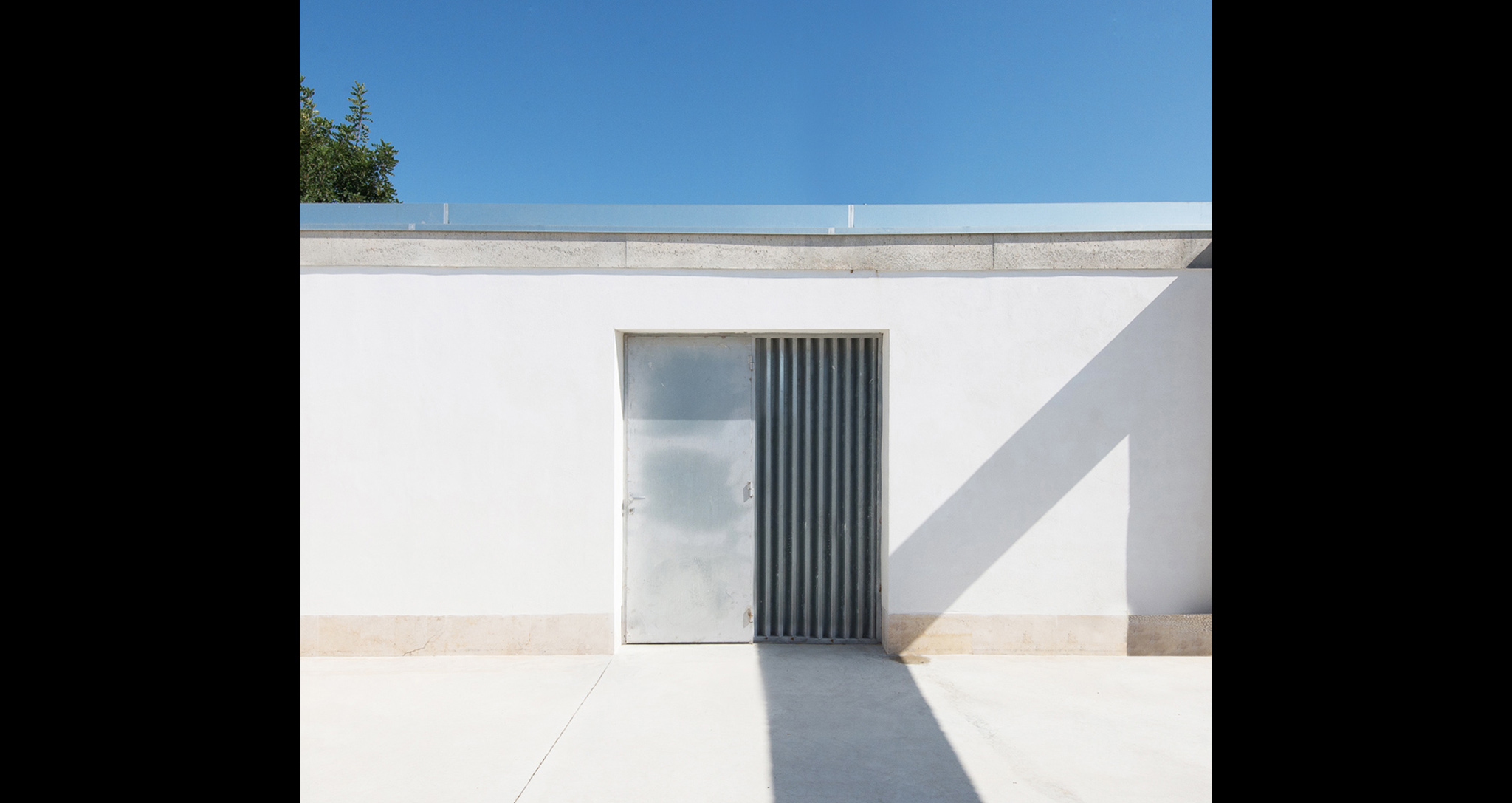 FAENETA 2.0 comprehensive housing reform project in the countryside of Elche, by Rocamora Desing & Architecture