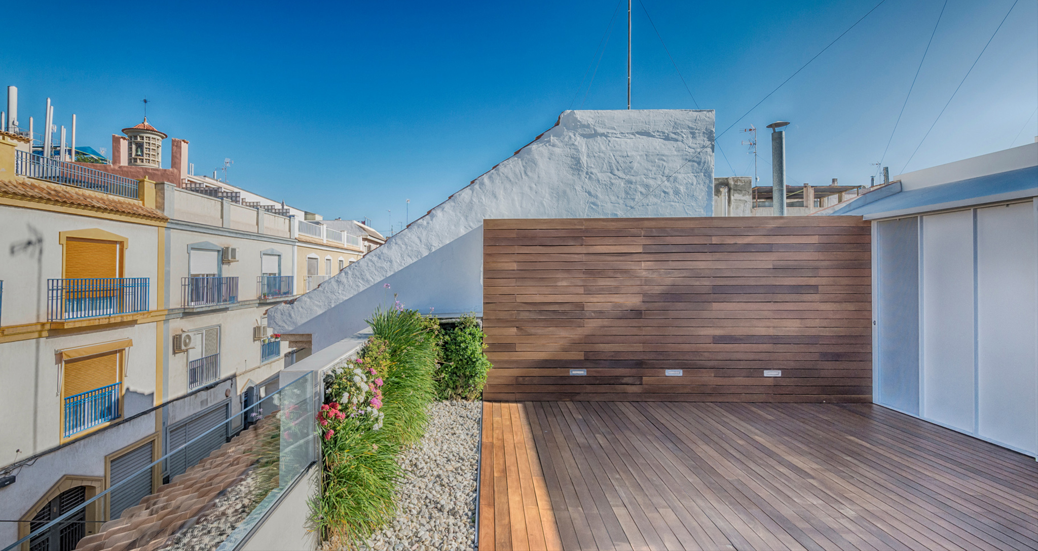 INTEGRAL REFORM OF BUFART HOUSING BY ROCAMORA DESIGN AND ARCHITECTURE, ELCHE, ALICANTE, SPAIN