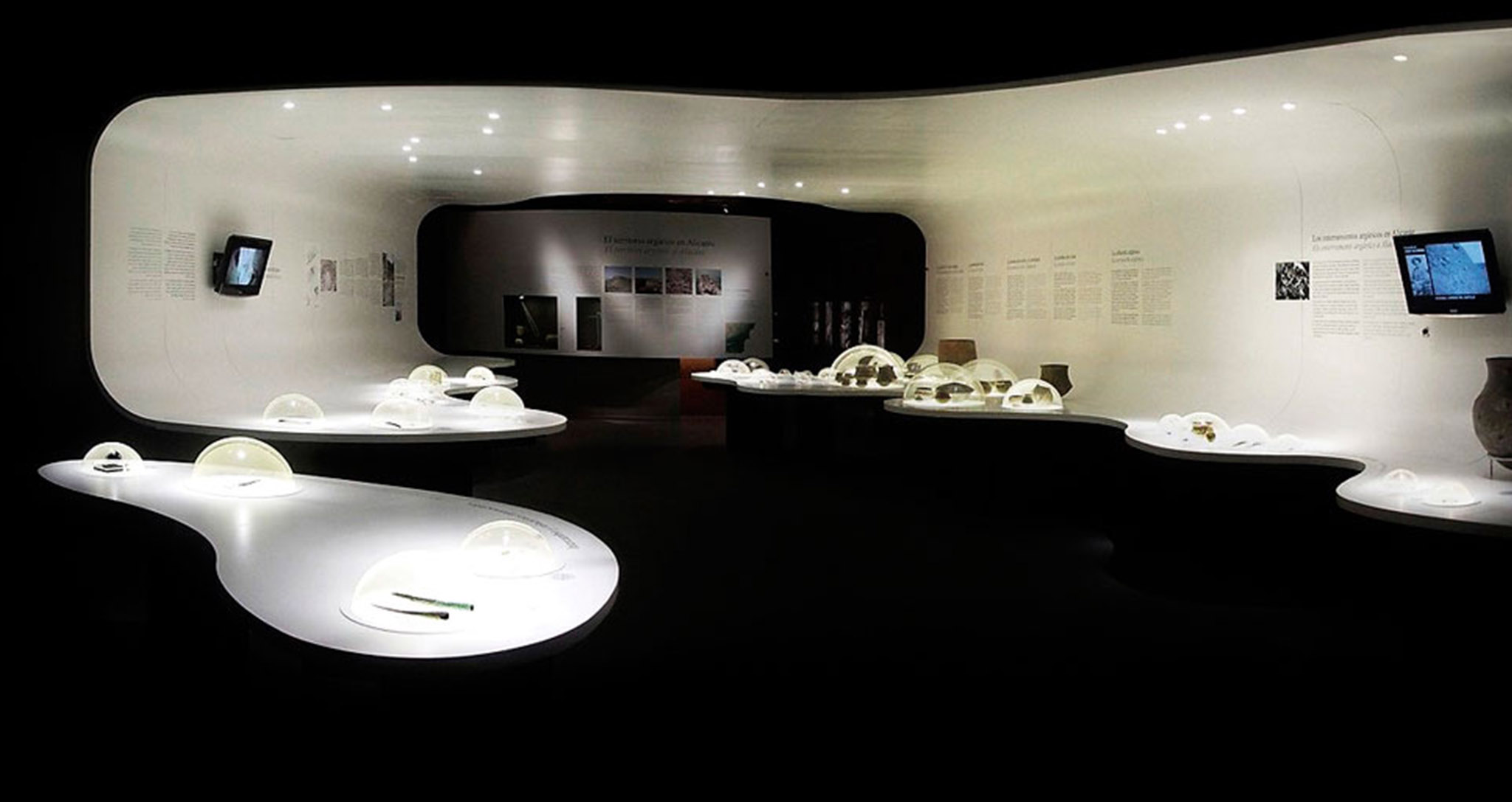 ARCHITECTURE TEMPORARY EXHIBITION AND MUSEOGRAPHY TEMPORARY THE CONFINES OF ARGAR IN MARQ BY ROCAMORA DESIGN ELCHE ALICANTE SPAIN