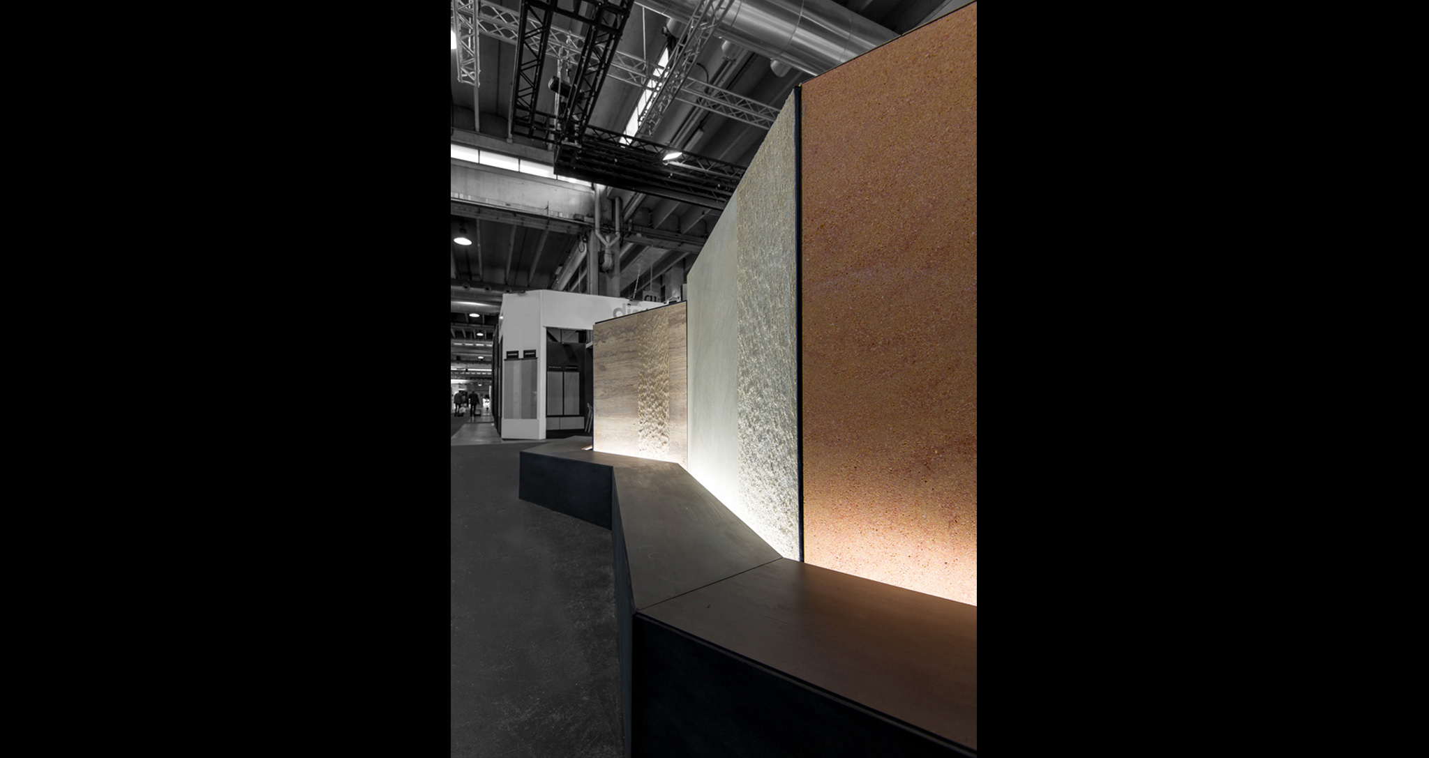 ARCHITECTURE TEMPORARY COMMERCIAL STAND LEVANTINA STAND MARMOMAC 2017 BY ROCAMORA DESIGN ELCHE ALICANTE SPAIN