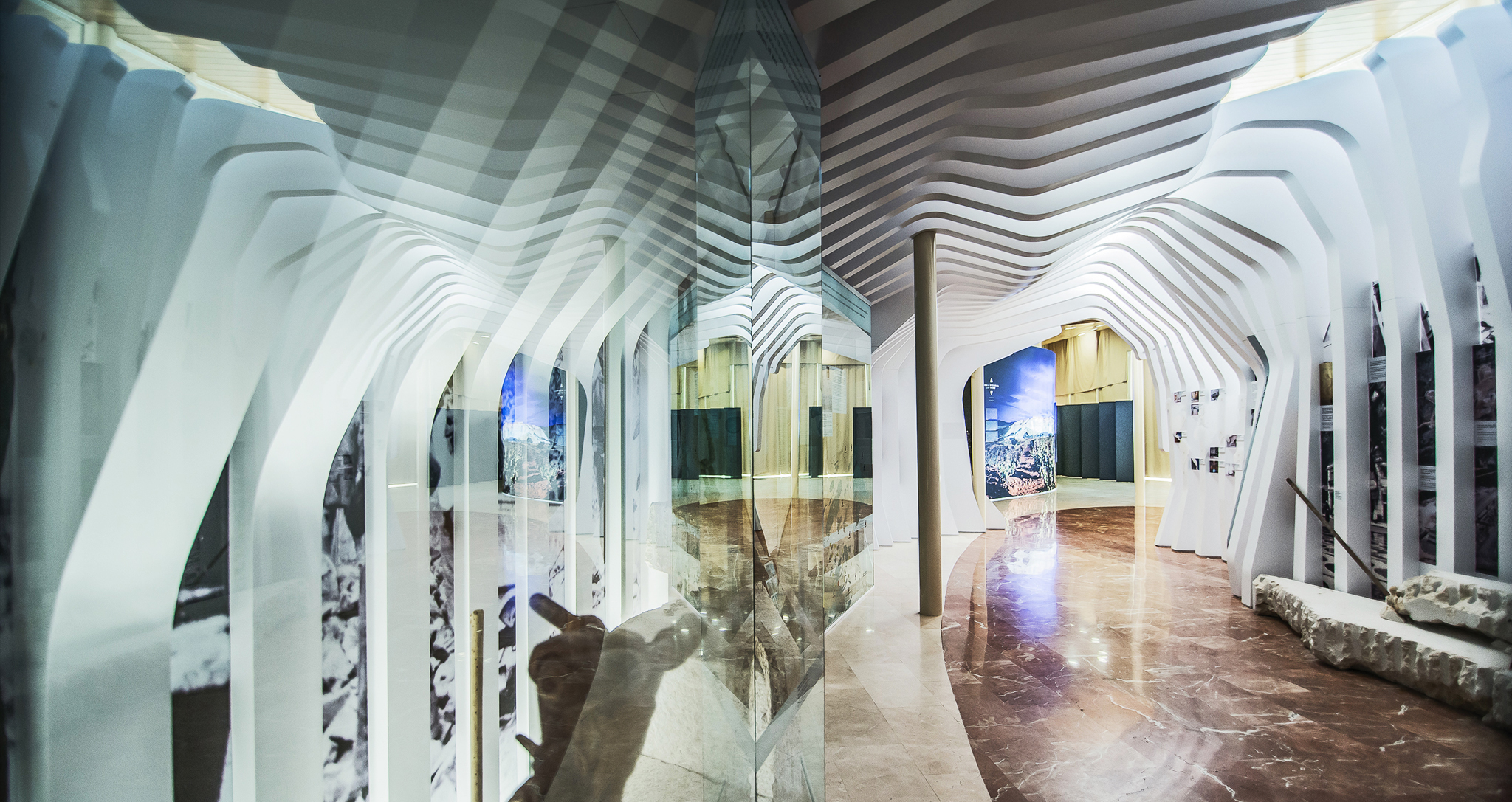 DESIGN PERMANENT EXHIBITION LEVANTINE MARBLE AND TRADITION IN PINES BY ROCAMORA ARCHITECTURE ELCHE ALICANTE SPAIN